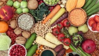 फळं. भाज्या