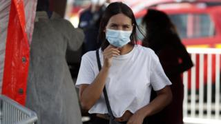 Paris compulsory face-mask rule comes into force