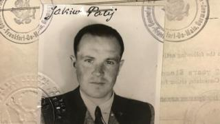 Jakiw Palij's 1949 US visa photo