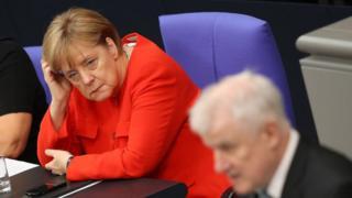 Ангела Меркель, Хорст Зеехофера