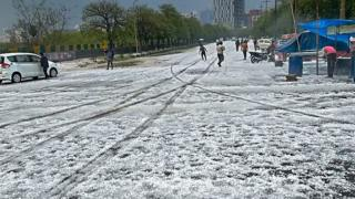 Hail in Noida