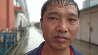 Coronavirus: China's workers and graduates fear for their future