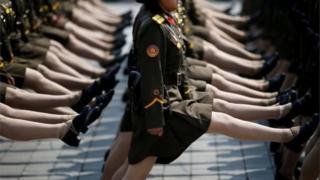 ทหารหญิงเกาหลีเหนือ
