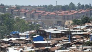 Le président Kenyan Uhuru Kenyatta souhaite améliorer l'offre de logement au Kenya