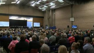 Hundreds attend a meeting on south Powys schools closures