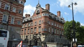 Norman Shaw North building