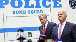 New York Mayor Bill de Blasio (L) and New York Police Commissioner James P. O'Neill arrive for a press conference on 24 October 2018