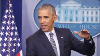 Prezida Obama yaratanze ikiganiro ku bamenyeshamakuru imbere y'uko atangura urwo rugendo ku wa mbere