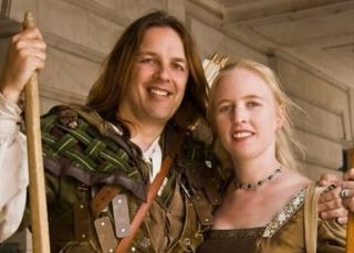Nottingham's official Robin Hood Tim Pollard and Sally Pollard as Maid Marian