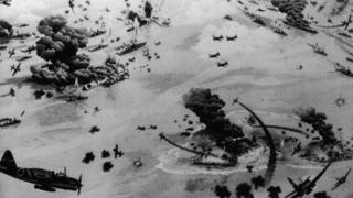 Живописное изображение битвы у атолла Мидуэй (3-6 июня 1942 года)
