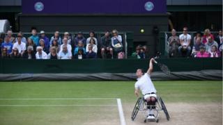 Gordon Reid playing at Wimbledon