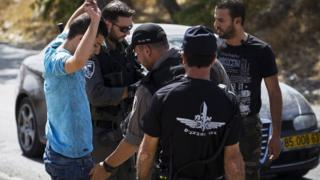 Attacks continue in Jerusalem despite new checkpoints