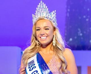 Miss Great Britain Jen Atkin