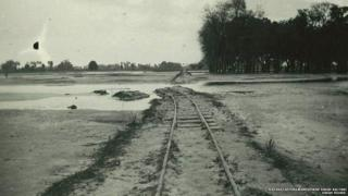 तिरहुत रेलवे की रेल की तस्वीर