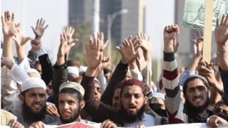 تظاهرکنندگان در پاکستان