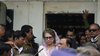 আদালত প্রাঙ্গনে খালেদা জিয়া, ফাইল ফটো