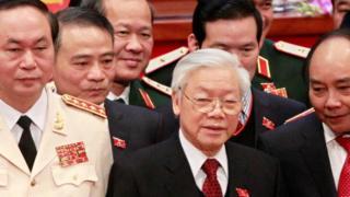 """Việt Nam có thể chưa làm nổi việc """"nhất thể hóa"""" hai chức Chủ tịch nước và Tổng Bí thư Đảng"""
