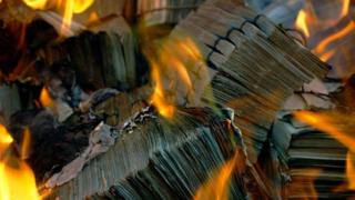Cédulas incineradas