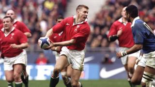 Cafodd Dafydd James 48 o gapiau dros Gymru rhwng 1995 ac 2007