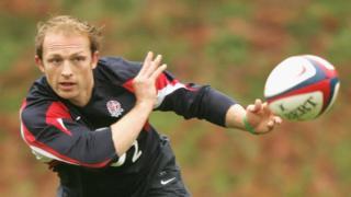 Matt Dawson playing rugby