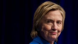 Hillary Clinton habla ante el Fondo de Defensa Infantil
