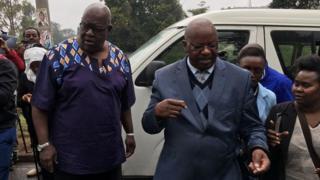 Wakili wa AfriCOG Haroun Ndubi na mwanaharakati John Githongo wameshutumu uvamizi uliofanywa na maafisa hao mtaa wa Lavington