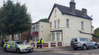 Police search house in Thornton Heath
