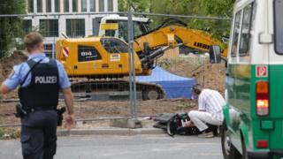 این بمب بریتانیایی در مرکز شهر فرانفکورت و نزدیکی دانشگاه گوته کشف شد
