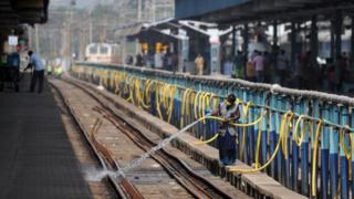 நாட்டிலேயே அசுத்தமான ரயில் நிலையங்கள்: தமிழகம் முதலிடம்