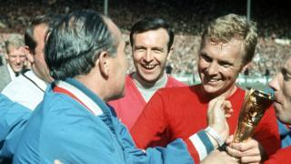 Alf Ramsey and Bobby Moore with the World Cup trophy