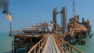 سازوکار تازه فروش نفت در حالی آغاز شده که کاخ سفید برای فلج کردن صنعت نفت ایران عزمش را جزم کرده است