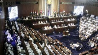 البرلمان استمع إلى وزير الداخلية أحمد بلال عثمان