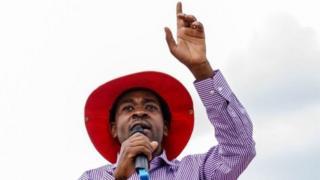Ông Nelson Chamisa, 40 tuổi, nói chính phủ không quan tâm đến người lao động