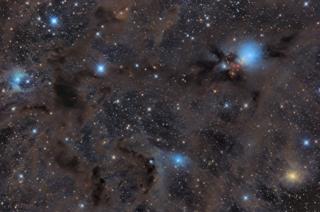 Nube Molecular de Perseo de Pavel Pech