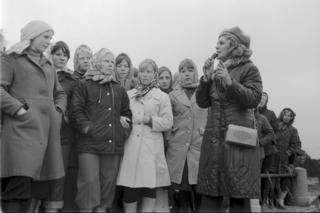 Adolescentes rusas durante una visita a Mudyug en épocas soviéticas (Foto: Library of Congress)
