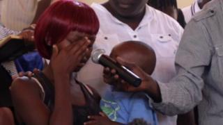"""Lors du forum de Kayole, cette femme a dit que ses maris avaient été tués par """"Hessy"""", un """"chasseur de gangster""""."""