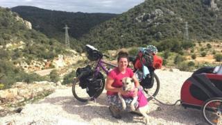 Ишбел са Луси у Турској