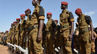 Des soldats burkinabè
