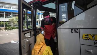 bus, angkutan umum, virus corona