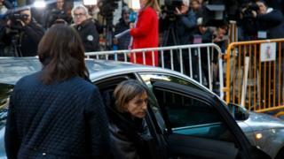 La présidente du Parlement catalan, Carme Forcadell, à son arrivée à la Cour suprême de Madrid, le 9 novembre 2017.