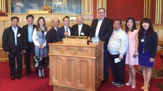 Phái đoàn các linh mục do Giám mục Nguyễn Thái Hợp, Giám mục Giáo phận Vinh, dẫn đầu đi các nước châu Âu vận động hỗ trợ nạn nhân Formosa