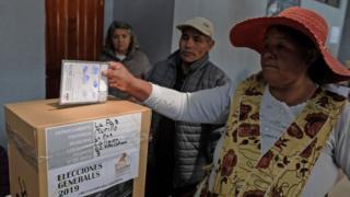 Votante en Bolivia.