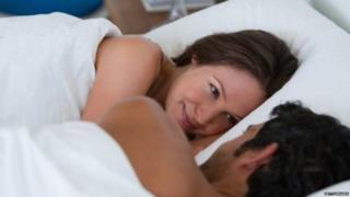 सेक्स, कपल, कंडोम, विज्ञापन, सोशल मीडिया, रेप