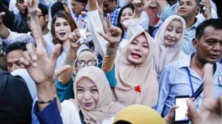 Pendukung Prabowo unjuk rasa di KPU