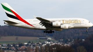 лайнер Emirates