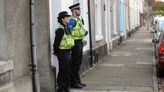 arestio Caerdydd