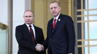 Rusiya prezidenti Vladimir Putin və Türkiyə prezidenti Recep Tayyip Erdoğan