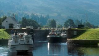 Cullochy Lock, Caledonian Canal