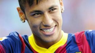 Neymar est engagé auprès du FC Barcelone jusqu'en 2021.