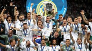 El Real Madrid levanta la copa de la Liga de Campeones